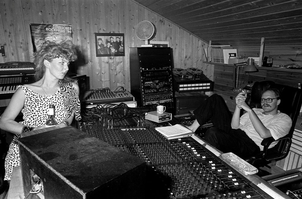 Recording Studio BAD SISTER 1988 - Petra Degelow and Engineer Birger Holm