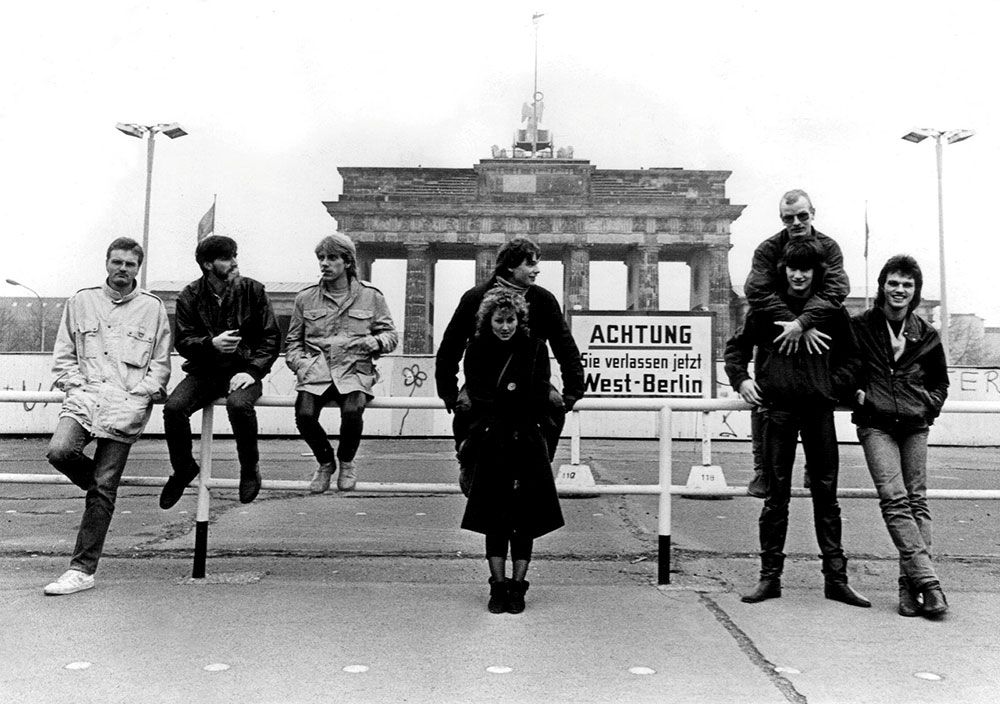 BAD SISTER in front of Berlin Wall 1984